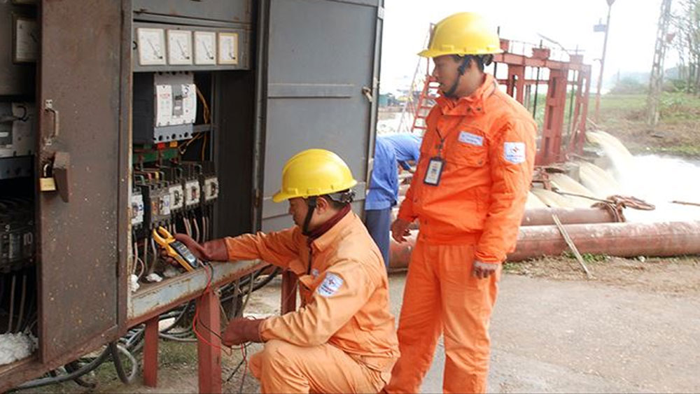 Nắng nóng tiêu thụ điện năng, Bộ Công Thương, cảnh báo nguy cơ thiếu điện