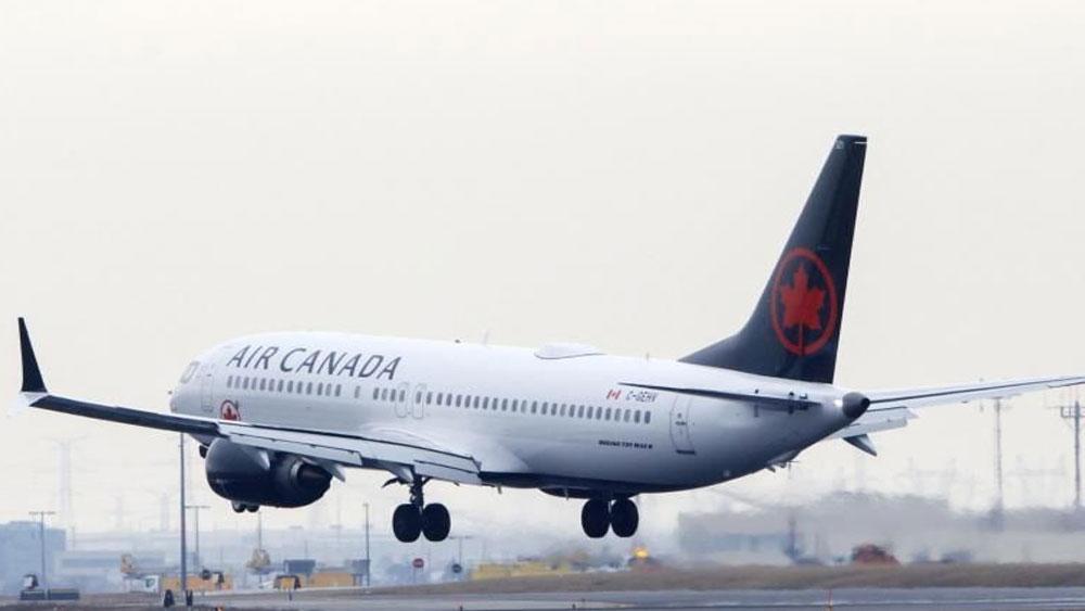 Hành khách tỉnh dậy giữa đêm tối, máy bay không bóng người, Hãng hàng không lên tiếng, Air Canada