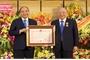 Thủ tướng Nguyễn Xuân Phúc dự lễ trao Huân chương Độc lập hạng Nhất cho ông Nguyễn Quốc Triệu