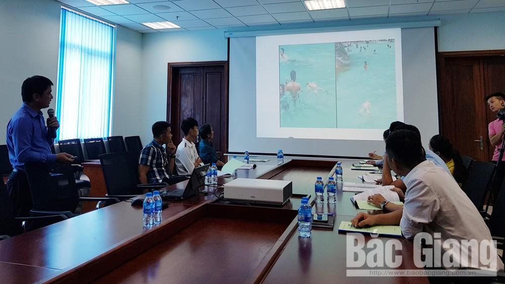 Hướng dẫn kỹ năng bơi an toàn, phòng chống đuối nước cho trẻ em, Trung tâm Văn hóa - Thông tin và Thể thao TP Bắc Giang, Bắc Giang