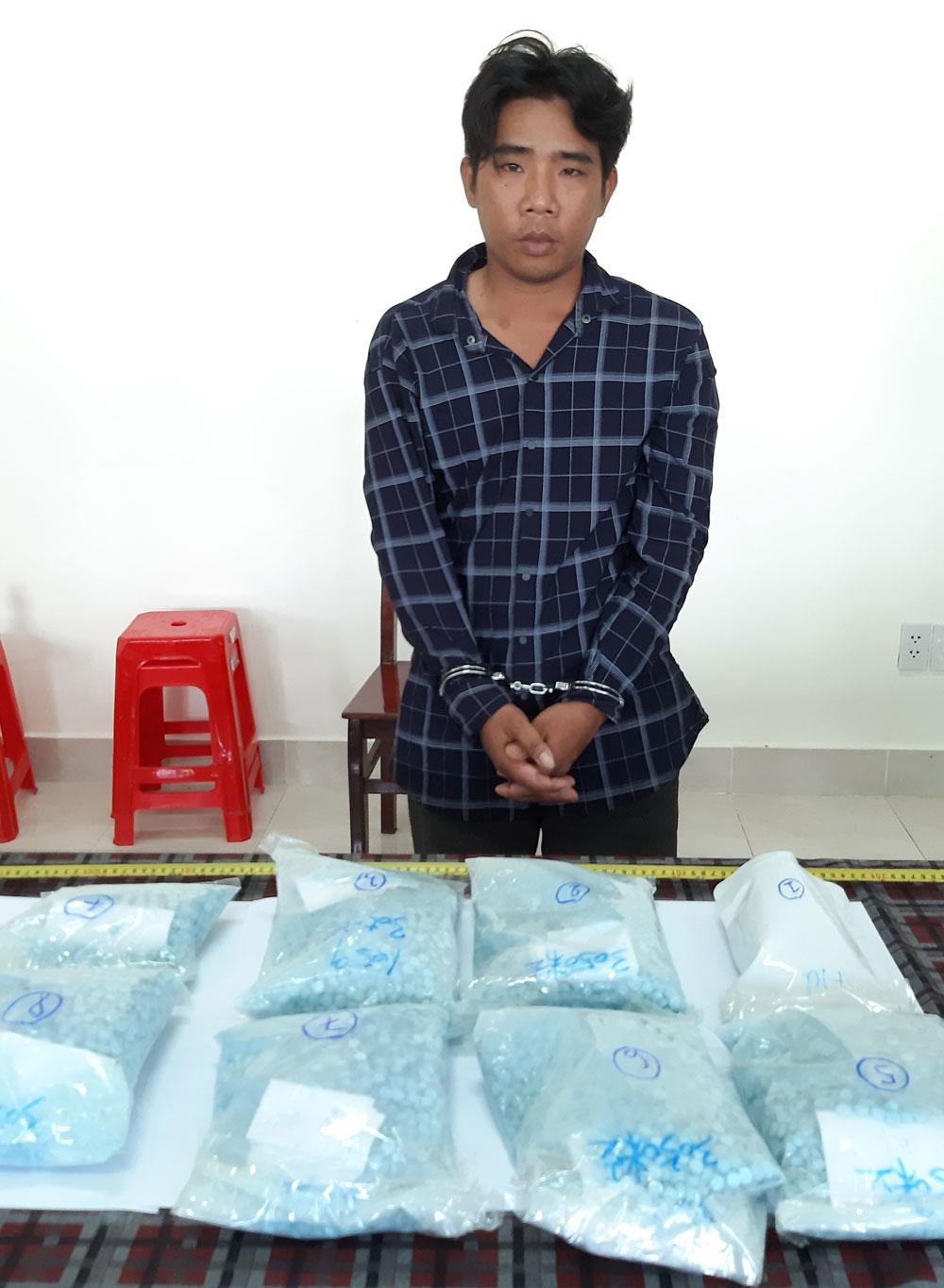 Bắt quả tang, đối tượng, vận chuyển trái phép, hơn 7,2 kg ma túy tổng hợp, Lê Văn On