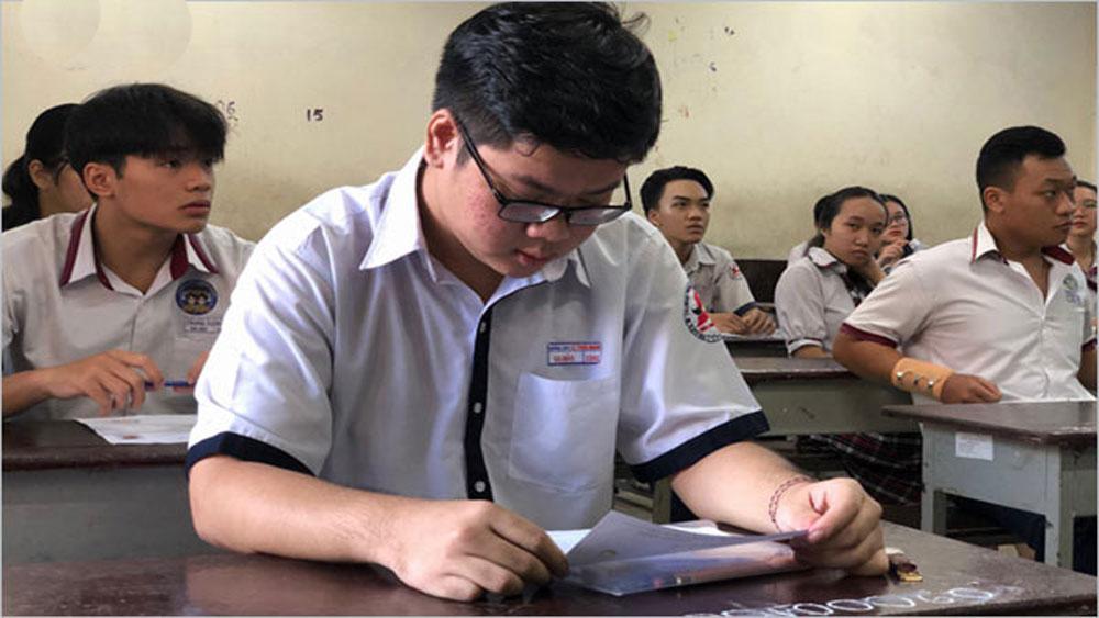 Ngày thi thứ 2, cả nước, 18 thí sinh bị đình chỉ thi