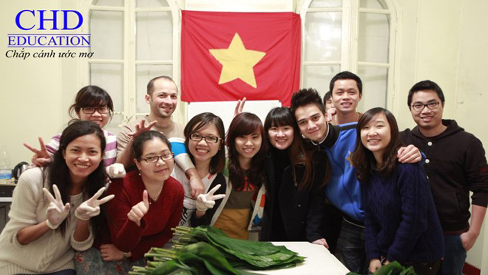 Students, French government's scholarships, Vietnamese students, Excellence Scholarship Programme,  Master's and PhD degrees