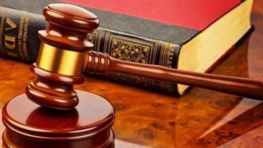 Sáu luật, có hiệu lực thi hành,  bắt đầu từ ngày 1-7
