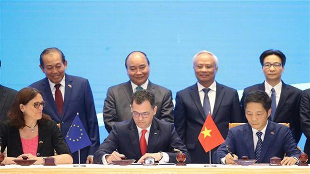 Vietnam, EU, free trade, investment protection agreements, Free Trade Agreement, EVFTA, Prime Minister Nguyen Xuan Phuc, European Union