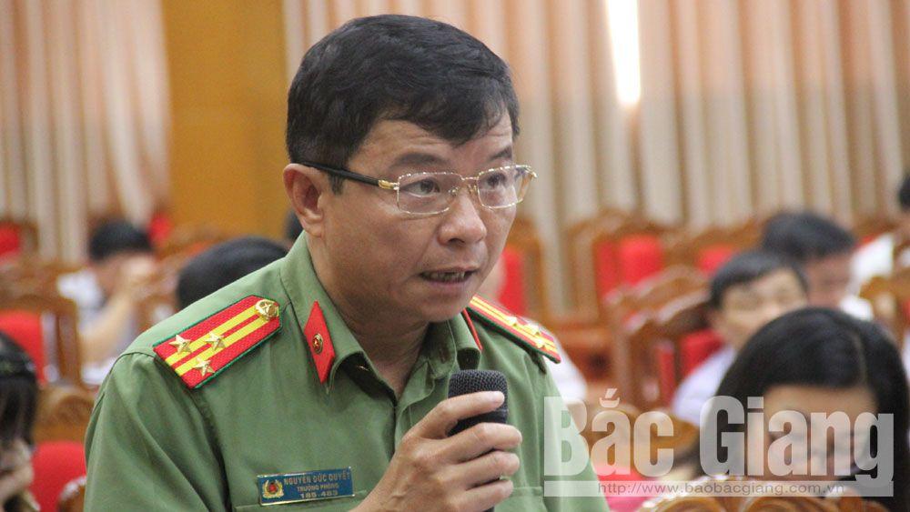 thông tin báo chí, cơ quan báo chí, lãnh đạo, phóng viên, vấn đề người dân quan tâm, Phó Chủ tịch Thường trực UBND tỉnh, Lại Thanh Sơn.