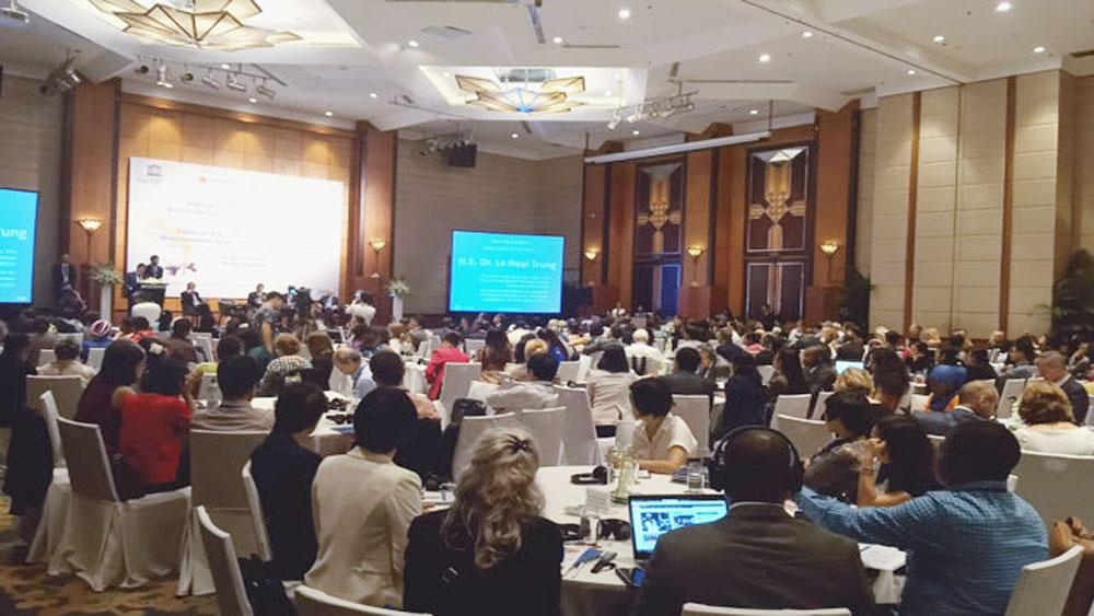 Hơn 100 quốc gia, tham dự, Diễn đàn giáo dục, sự phát triển bền vững, công dân toàn cầu