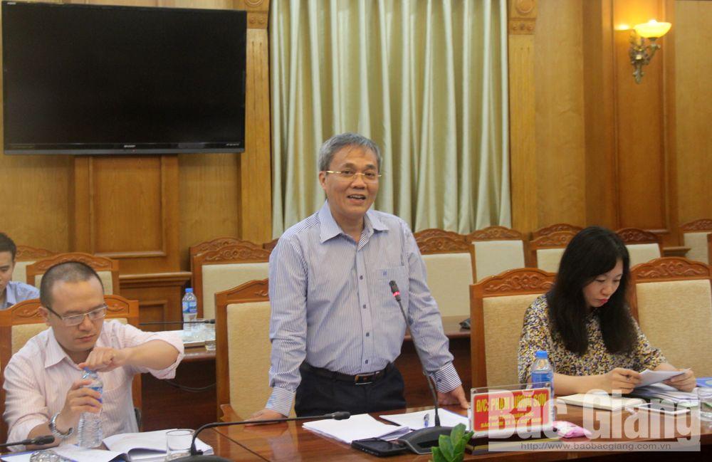 Bảo hiểm y tế, Bảo hiểm xã hội Việt Nam, Chỉ thị 38- CT/TW, UBND tỉnh Bắc Giang