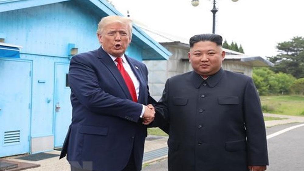 Tổng thống Trump, ca ngợi, mối quan hệ giữa Mỹ với Triều Tiên, nhà lãnh đạo Triều Tiên Kim Jong-un,
