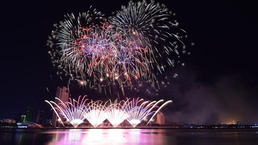 Lễ hội pháo hoa quốc tế Đà Nẵng 2019: Đội pháo hoa Phần Lan vô địch