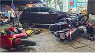 Nữ tài xế lái ô tô Mercedes đâm hàng loạt xe máy, 6 người nhập viện ở TP Hồ Chí Minh