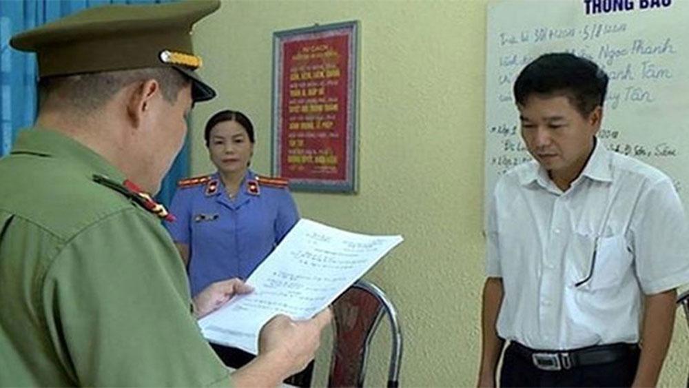 Gian lận thi cử ở Sơn La: Truy tố 8 bị can tội lợi dụng chức vụ