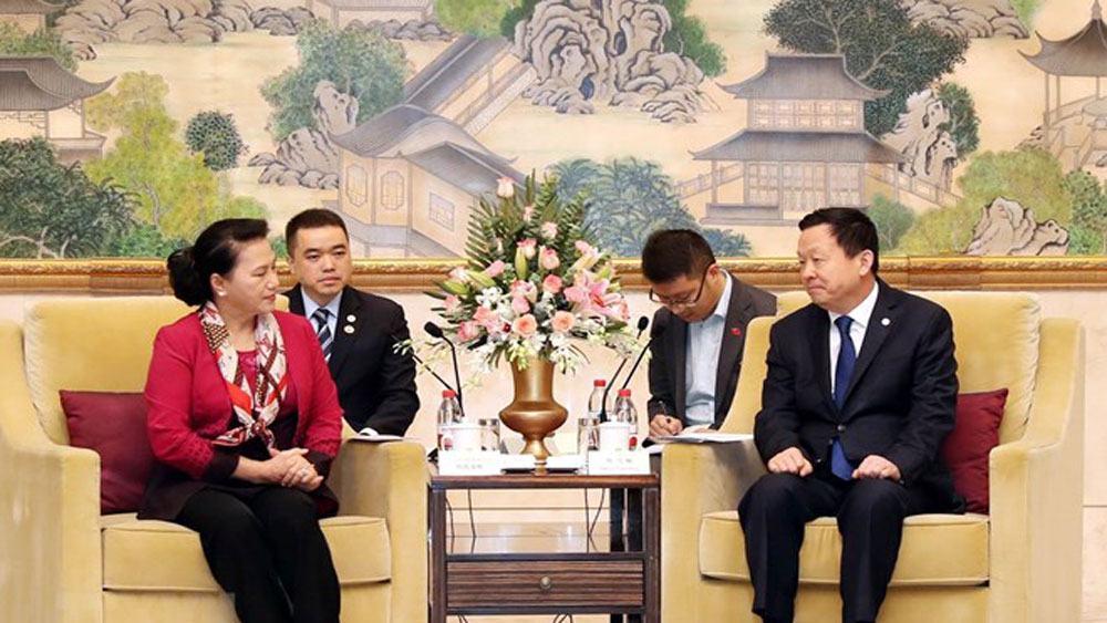 Vietnamese NA Chairwoman, leader of Suzhou city, fast growing economy, bilateral trade, garment-textiles, plastic products