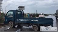 Đi bộ qua cao tốc Hà Nội - Bắc Giang, một nữ công nhân bị xe tải đâm tử vong