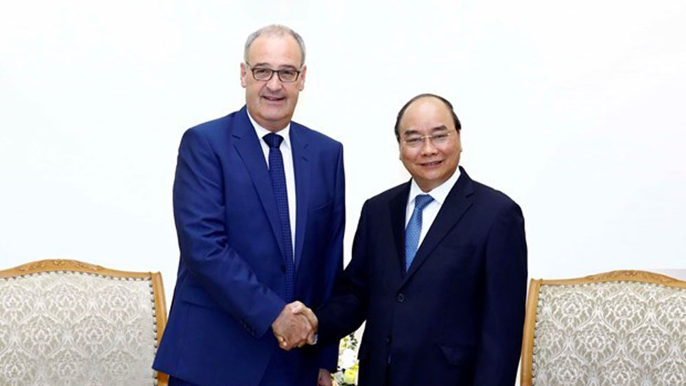 Vietnam attaches importance to traditional ties with Switzerland