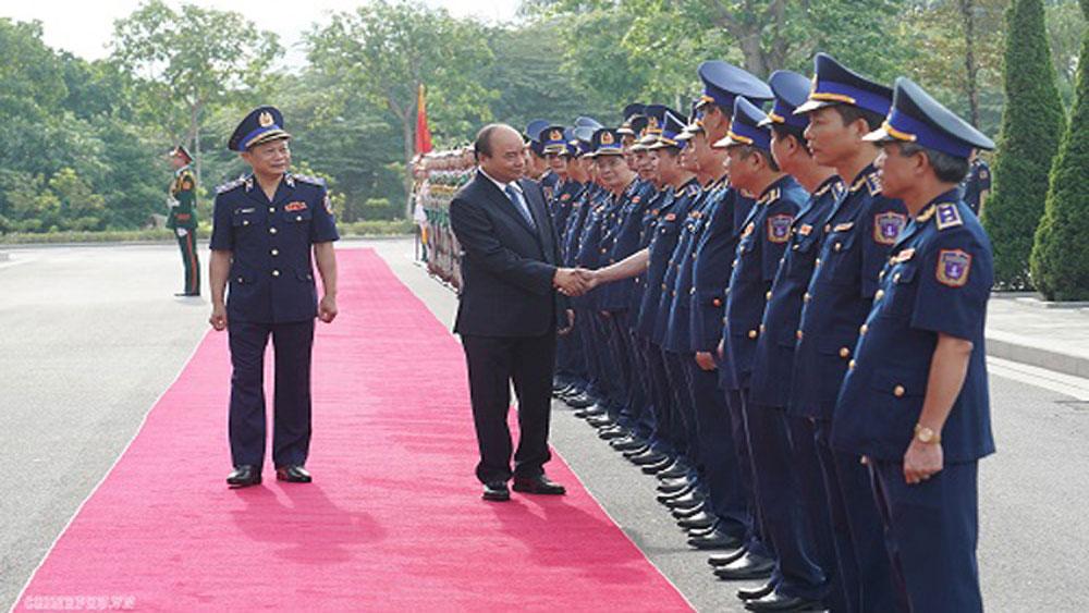 Thủ tướng Nguyễn Xuân Phúc thăm, làm việc với Bộ Tư lệnh Cảnh sát biển Việt Nam