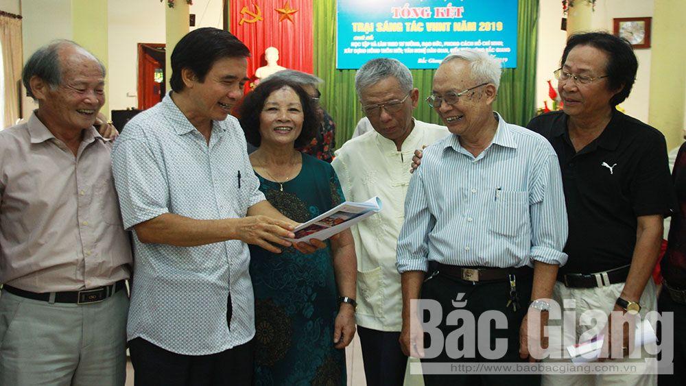 Tổng kết trại sáng tác Văn học nghệ thuật Bắc Giang