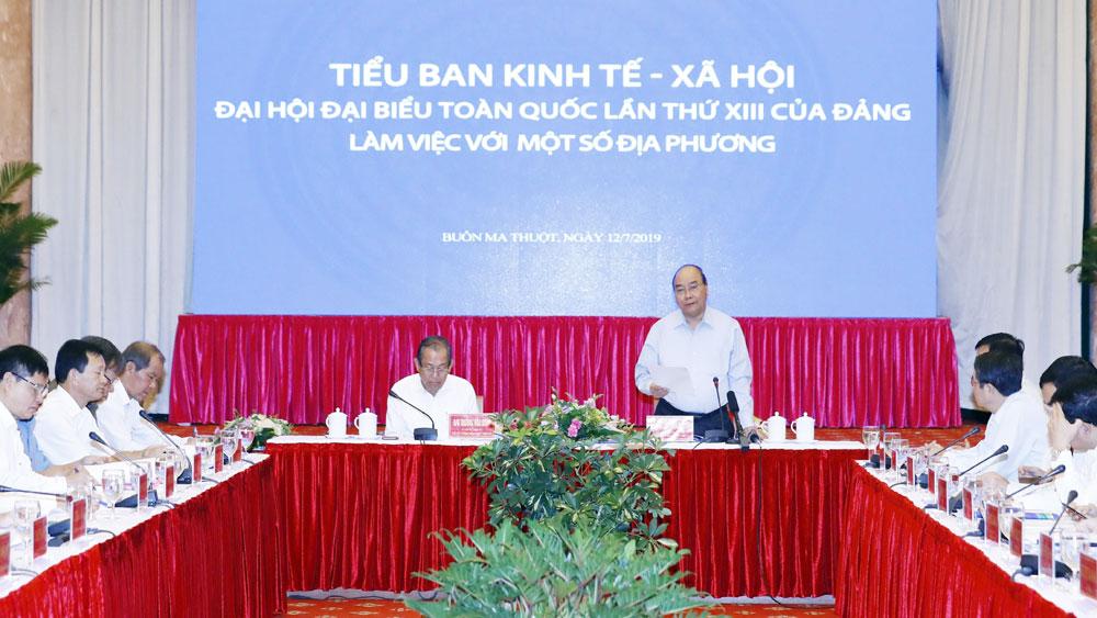 Thủ tướng Nguyễn Xuân Phúc chủ trì phiên họp Tiểu ban KT-XH với các tỉnh, thành phố khu vực miền Trung Tây Nguyên