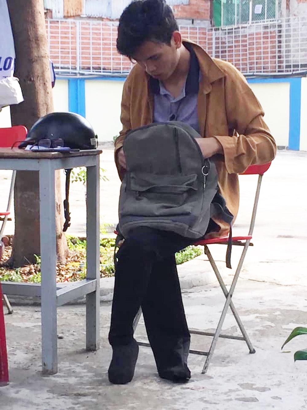 Chở sinh viên mất 2 chân không lấy tiền, anh xe ôm, nhận được điều bất ngờ, Ngô Nhật Tân, Phạm Minh Đức,