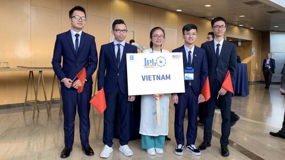 Trịnh Duy Hiếu, Olympic Vật lý, đội tuyển quốc gia, THPT Chuyên Bắc Giang