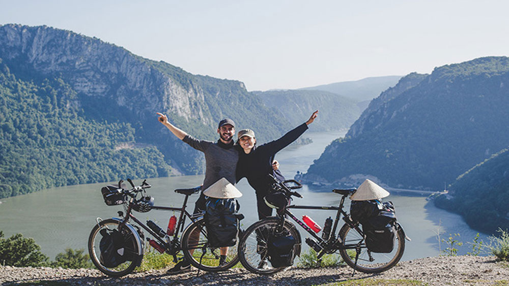 Vietnamese-French couple serve a good cause with honeymoon trip