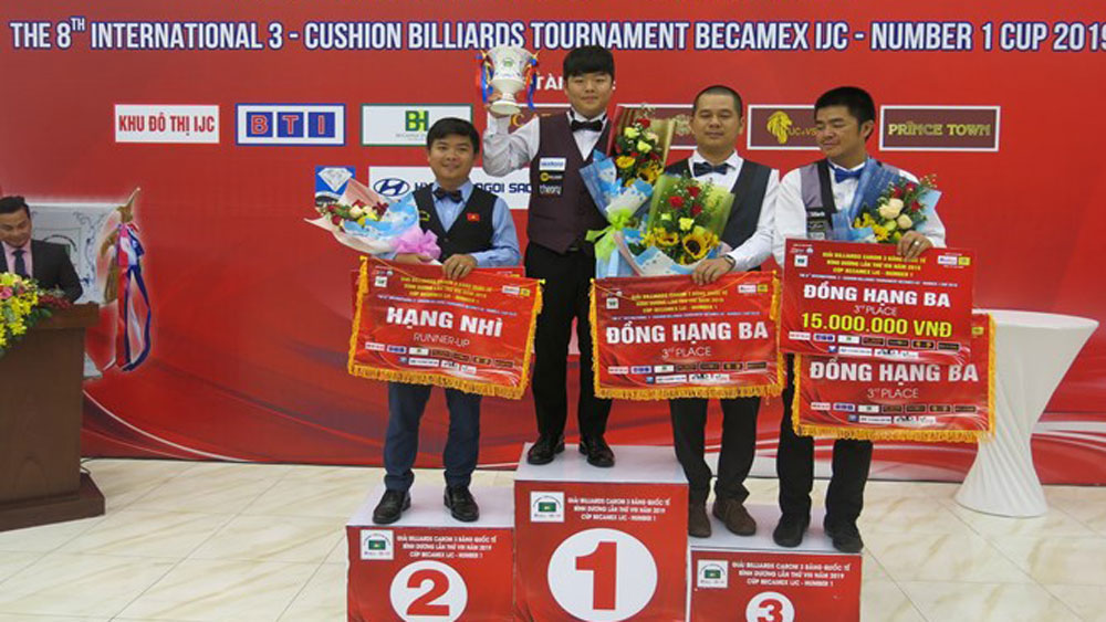 Vietnamese cueist finishes second at Int'l 3-Cushion Billiards Tournament