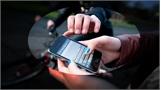 Bắc Giang: Xông vào nhà, cướp giật điện thoại