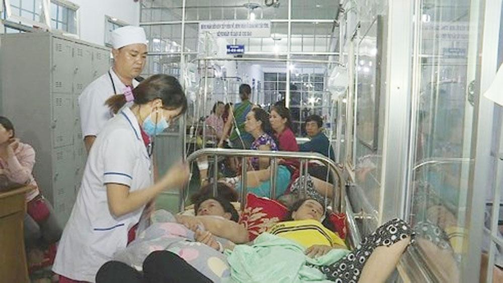 Vụ ngộ độc thực phẩm tại Đắk Lắk, tạm dừng, hoạt động, hai cơ sở phục vụ tiệc cưới, Gia chánh Văn On, Gia chánh Diệu Phú