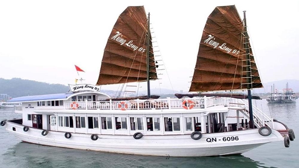 Tiết lộ giật mình, vụ du khách bị quay lén khi tắm, tàu du lịch vịnh Hạ Long, tàu du lịch Hùng Long QN 6069, bà Lê Thị Hương