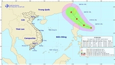 Xuất hiện áp thấp nhiệt đới gần biển Đông, có khả năng mạnh thành bão