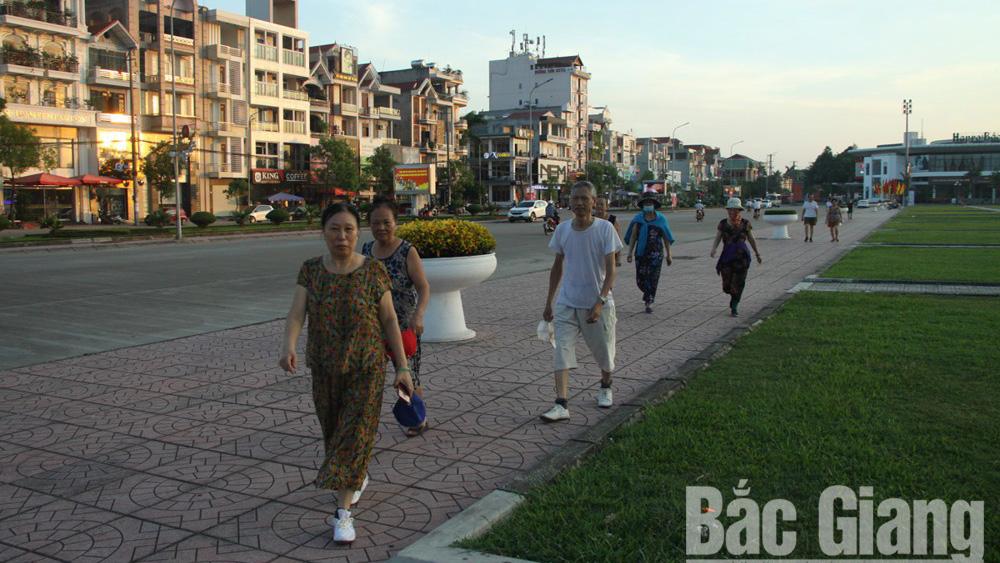 Trật tự đô thị TP Bắc Giang: Nơi phong quang, chỗ nhếch nhác