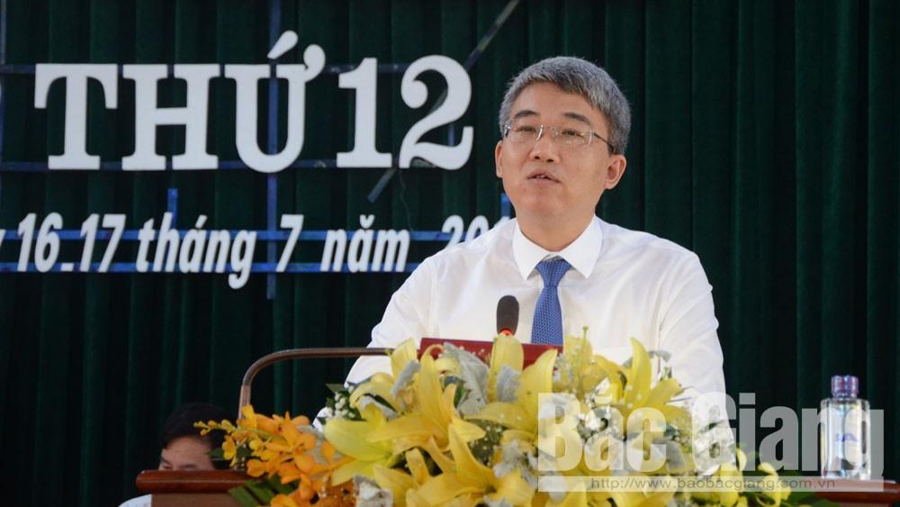 Yên Dũng, HĐND kỳ họp 12, hai vấn đề nóng, 13 nghị quyết