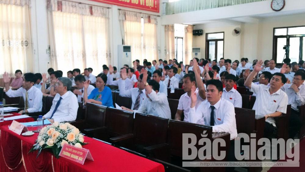 """HĐND huyện Yên Dũng chất vấn hai vấn đề """"nóng"""""""
