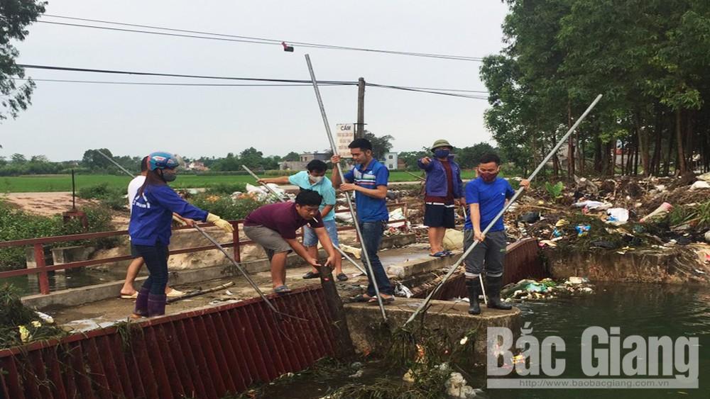 Rào chắn, kênh Giữa, Huyện Lạng Giang, ô nhiễm môi trường, Công ty Khai thác công trình thủy lợi Bắc Sông Thương