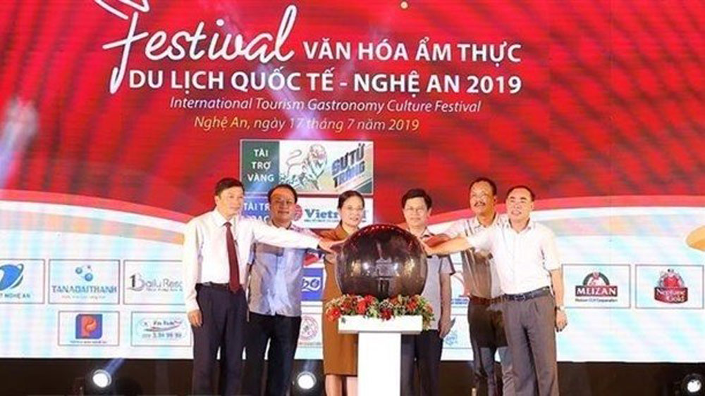quintessential culinary culture, International Tourism Gastronomy Culture Festival , Nghe An province, five-day event, culinary culture value chain, traditional craft products
