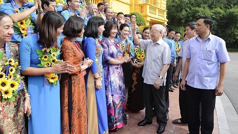 Party, State leader, outstanding trade union leaders, Nguyen Phu Trong, Nguyen Van Linh Awards,  trade union activities