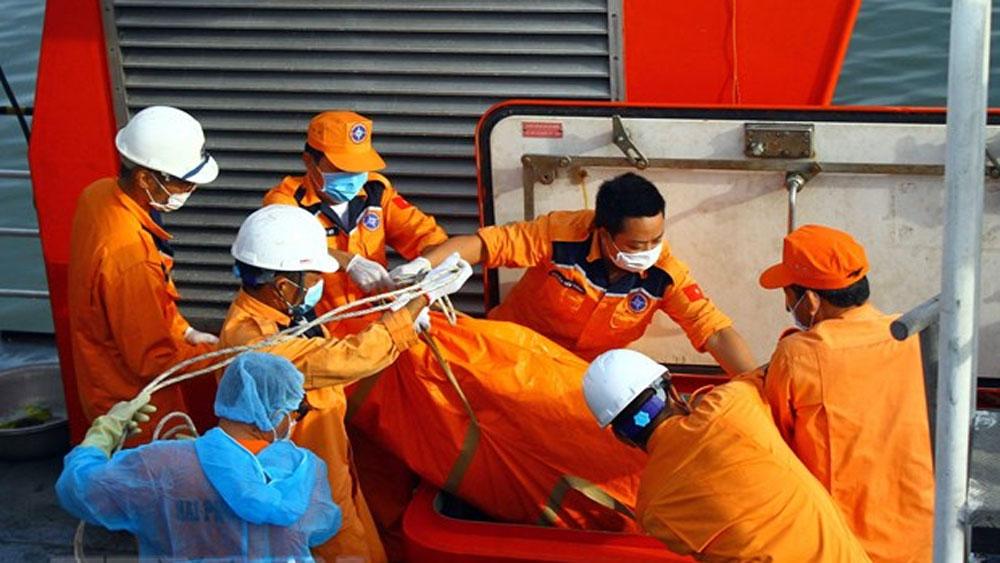 Vụ 9 ngư dân mất tích, phát hiện, một phần thi thể, khu vực tàu chìm