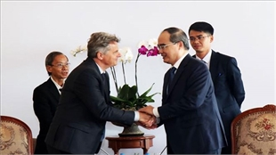 HCMC leader hosts French Communist Party Secretary