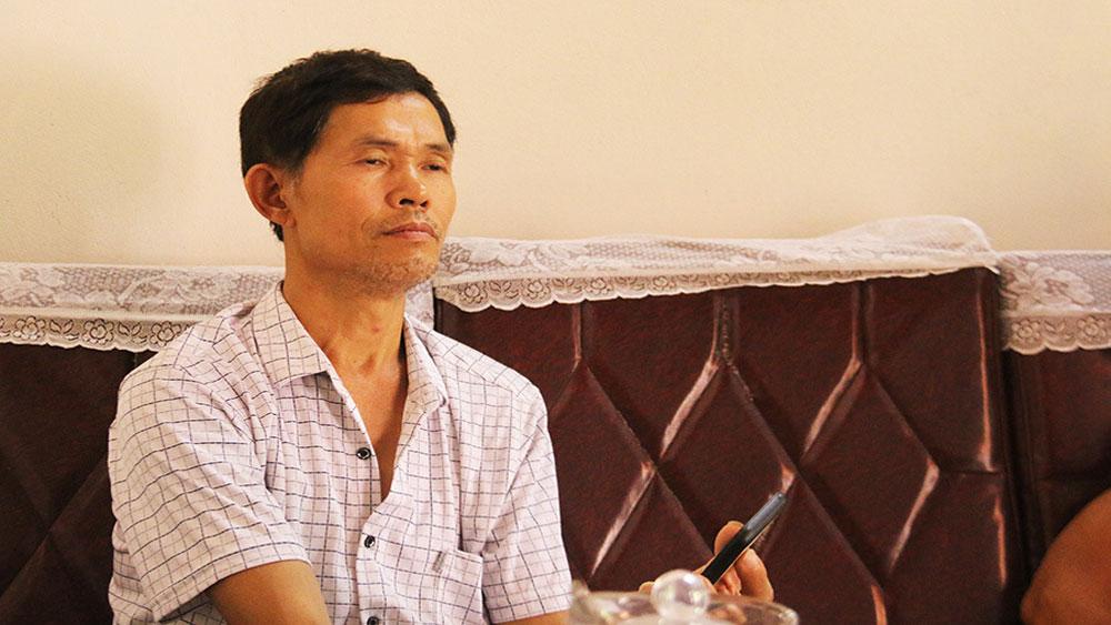 Vượt hàng trăm km, chuyển ong trong đêm, người nông dân Bắc Giang, kiếm tiền triệu, ông Vũ Văn Tứ
