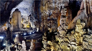 Thien Duong Cave sets Asian record for unique stalactites, stalagmites