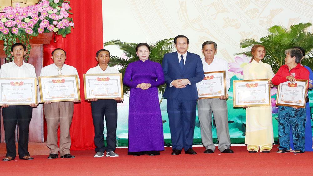 Chủ tịch Quốc hội Nguyễn Thị Kim Ngân, Lễ trao Bằng Tổ quốc ghi công, tỉnh Vĩnh Long