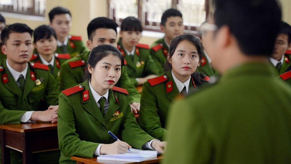 Học viện Cảnh sát nhân dân công bố điểm sàn xét tuyển
