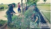 Trung đoàn 2 (Sư đoàn 3) làm công tác dân vận tại huyện Yên Dũng