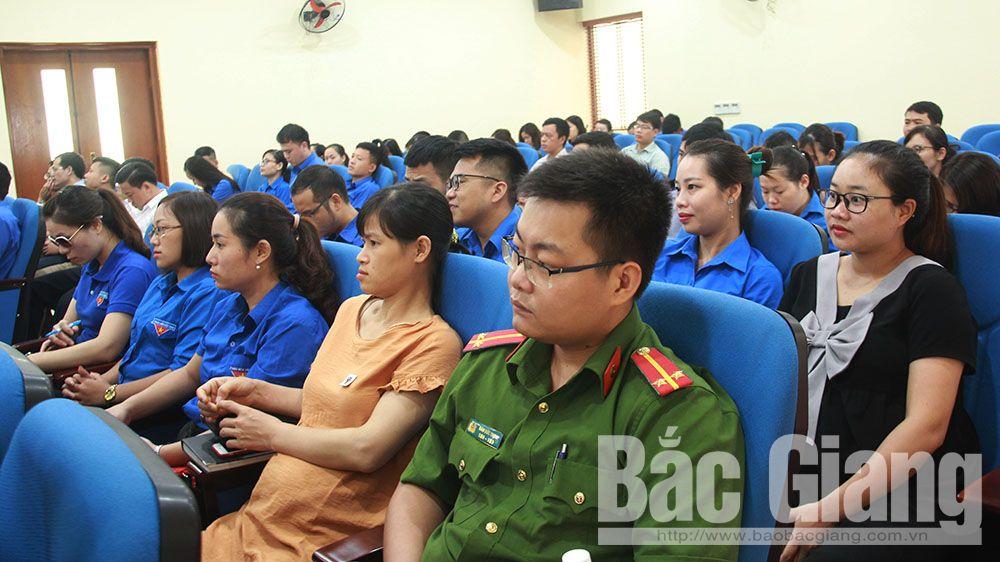 Giáo sư Hoàng Chí Bảo, Bắc Giang, học tập và làm theo Bác