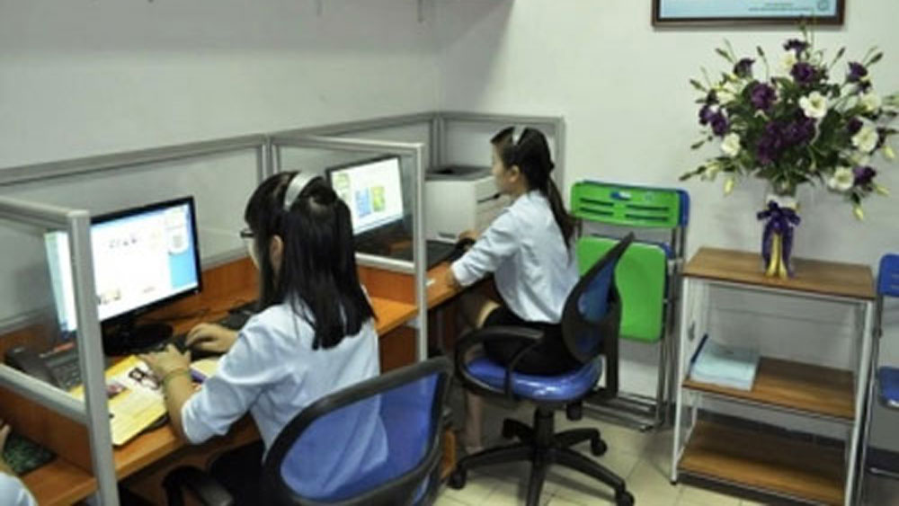 Bac Giang city launches telephone exchange to support administrative procedures