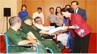 Chủ tịch Quốc hội Nguyễn Thị Kim Ngân gặp mặt các thương binh nặng tiêu biểu toàn quốc