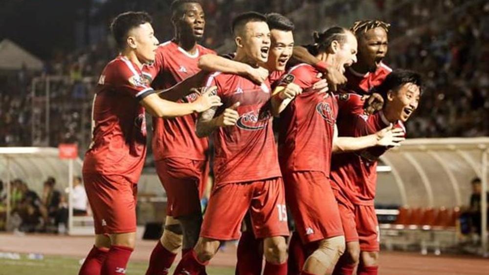 Hà Nội FC, Thành Phố Hồ Chí Minh, V-League, Quang Hải, Pape Omar