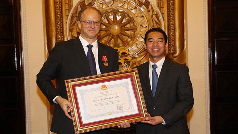 Friendship Order, German Ambassador to Vietnam, active contribution, continuous contributions, strategic action plan