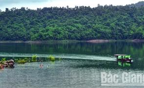 """""""Hồ trên núi"""""""