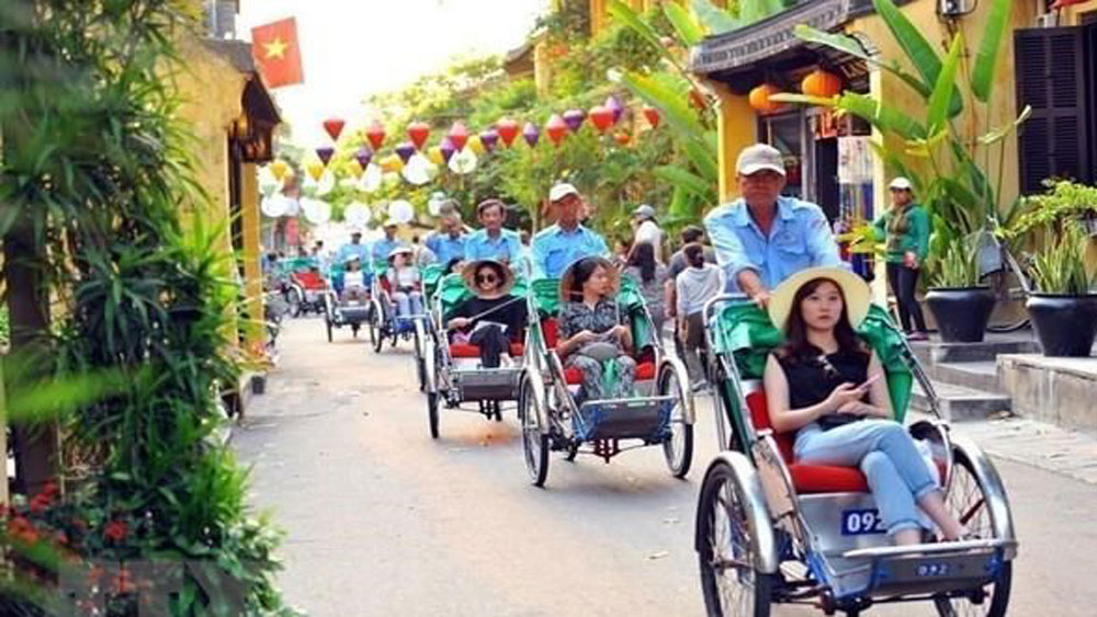 Vietnam's tourism, Japanese cities, Tourism Expo Japan, handicrafts, traditional long dress, water puppetry